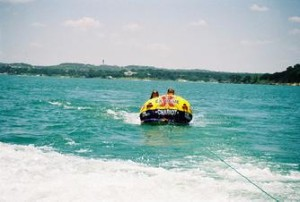 tubing-lake-travis
